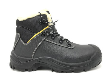 Chiny Rust Proof Alloy Mens Steel Toe Cap Boots Fuel Resistant For Risky Work dystrybutor